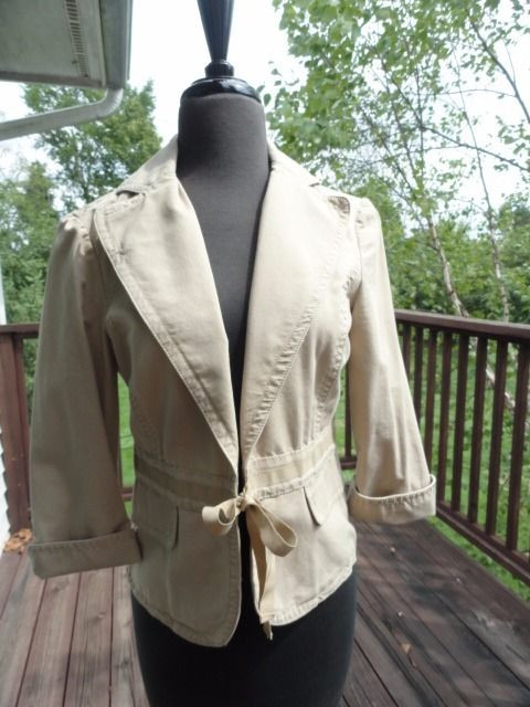 Women's Liz Claiborne Beige Tan Jacket Blazer Ribbon Closure Size 4 NWOT