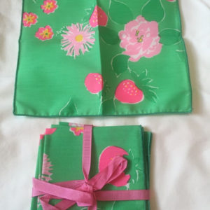 Vtg  Handmade 6 Green & Pink Linen Cocktail Napkins Strawberry  8.5 x 8.5  New