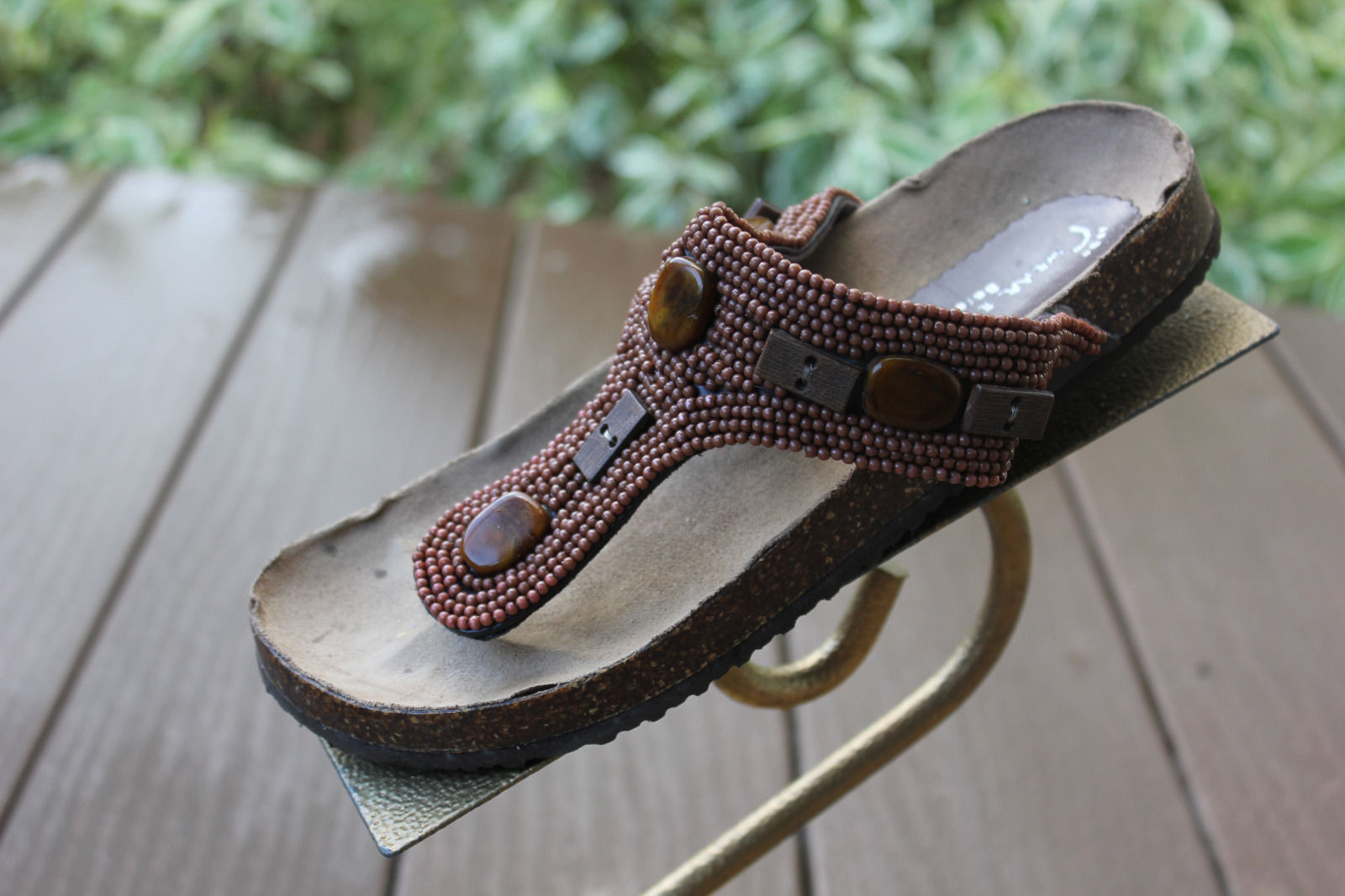Women's WEAR EVER Bare Traps Sandal Brown Beaded Size 6 Cork Sole Great Cond